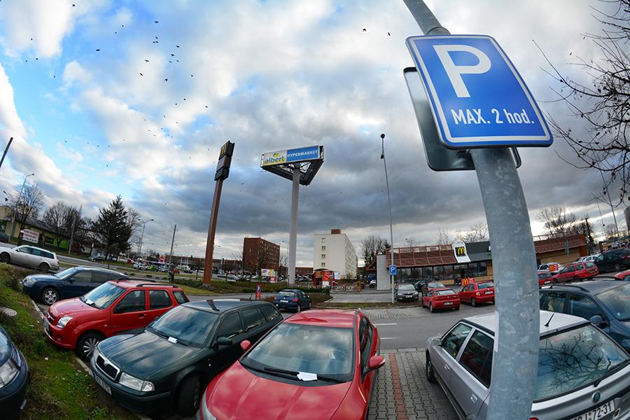 Vlastníkem účelové komunikace byla na odbor dopravy Magistrátu města Pardubice podána žádost o zneveřejnění účelové komunikace v prostoru OC Albert. Koalice pro Pardubice (KDU-ČSL a Nestraníci) nesouhlasí se zpoplatněním celého…